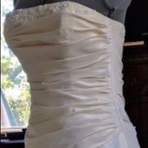 Wedding Dress.  Maggie Sottero size 2